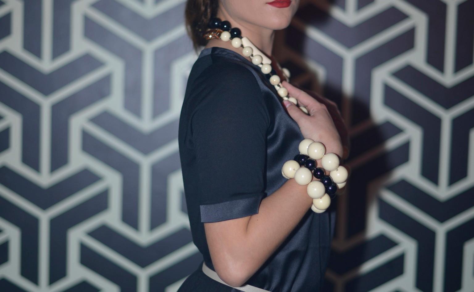 modellami 21 aprile, servizio fotografico, collane, bracciali, orecchii, colori diversi per ogni esigenza (52).jpg