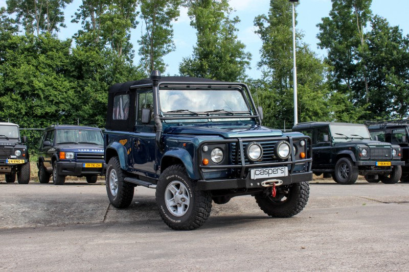 Youngtimer lease Land Rover Defender 90 V8 50th Anniversary 1999