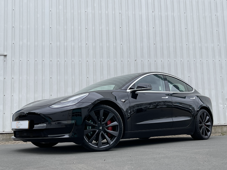 Tesla Model-3 Performance Range 5-deurs 4% bijtelling 2019 Zwart / Carbon