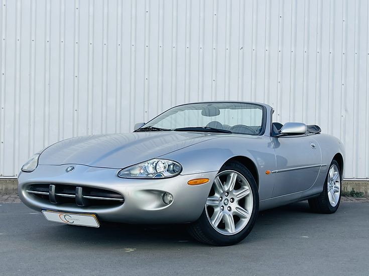 Jaguar XK8 Convertible 1999 Zilver Grijs Youngtimer