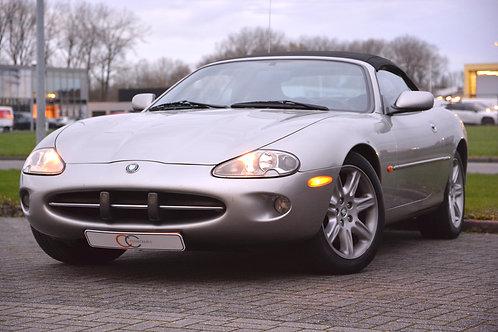 Youngtimer Jaguar XK8 convertible 1999