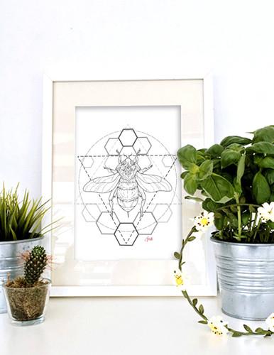 Geometris Honey Bee