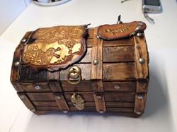 #347-Treasure Box