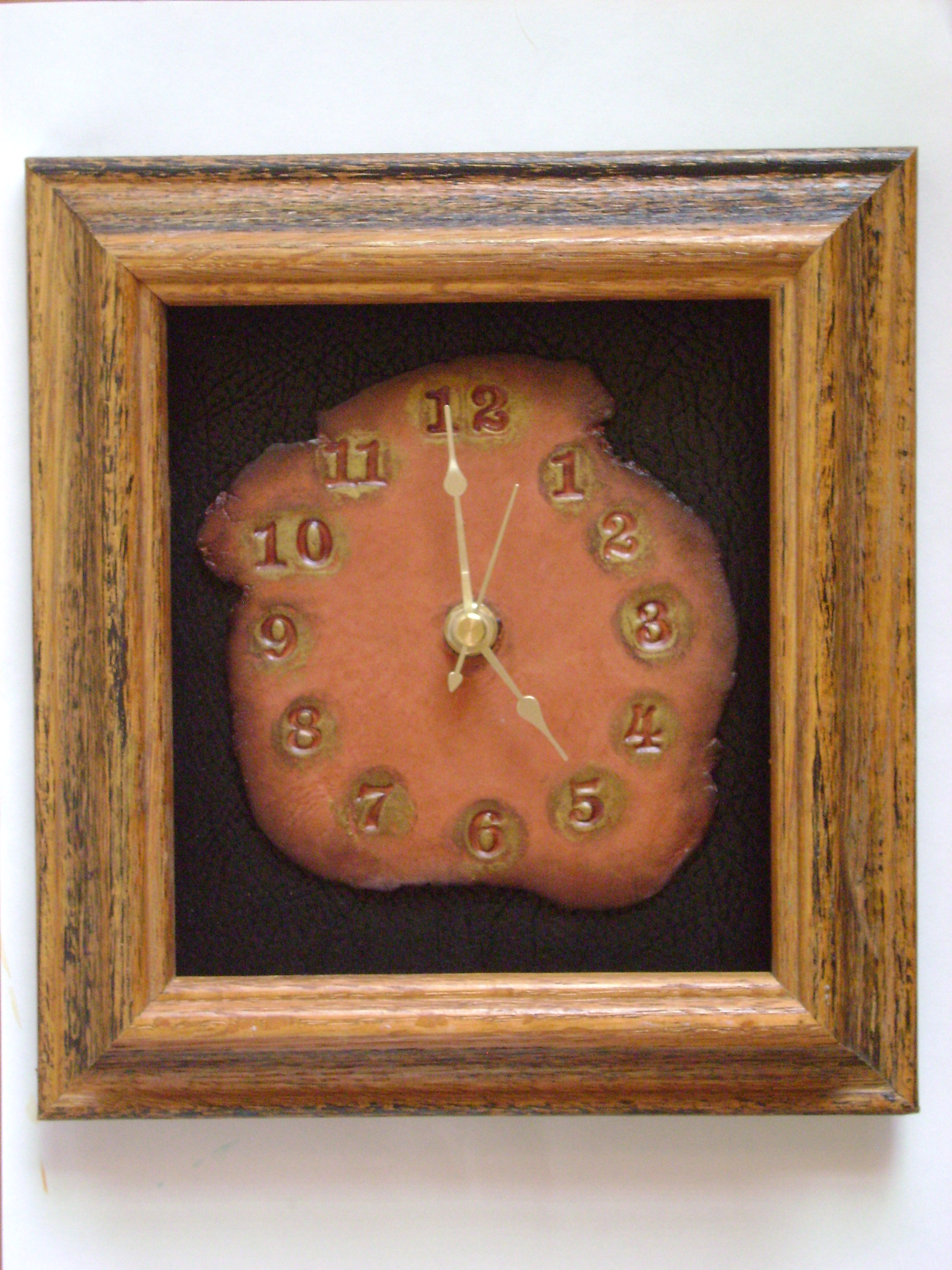 #168-Clock in frame