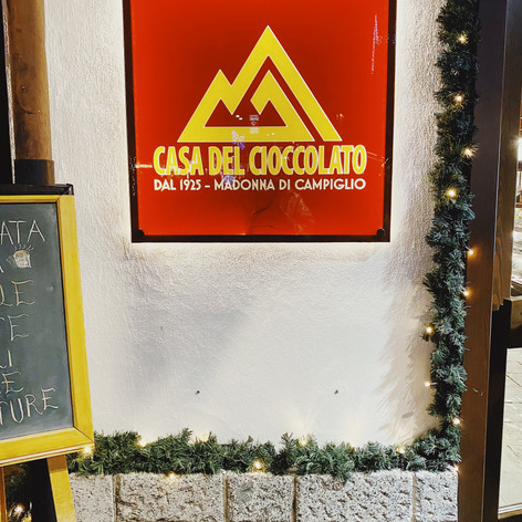 best chocolateria under moon