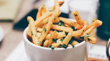 Non le solite chips: cosa servire in alternativa alle patatine fritte