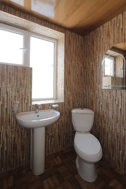 Popock washroom 2