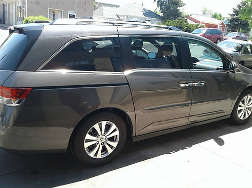 Exterior Wash/Wax (MINIVAN)