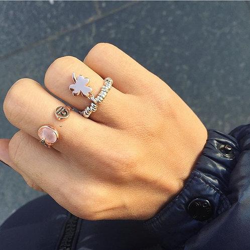 Glossy Clover Ring