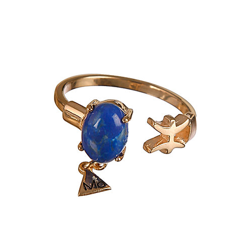 Classy Pisces Ring