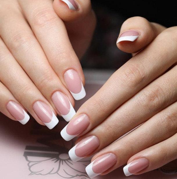 French Gel-Manicure mit Verlängerung