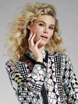 Versace Anna K Beauty Print 9x12 100.jpg