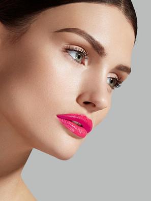 Bazaar Elena Beauty Fuchia Lips 9 x 12 1