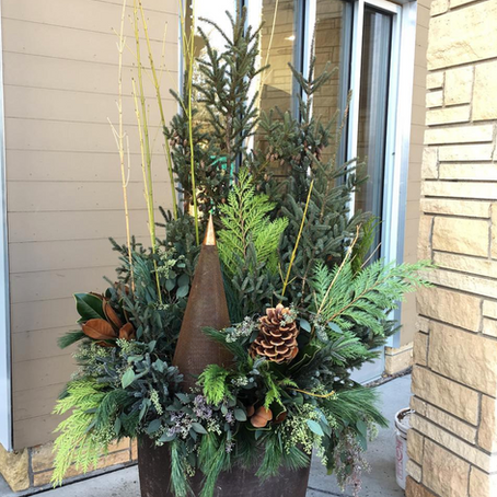 Outdoor Pots and Wreaths