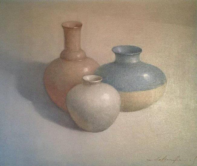 Stilleben mit drei Vasen, beige, blau and rose