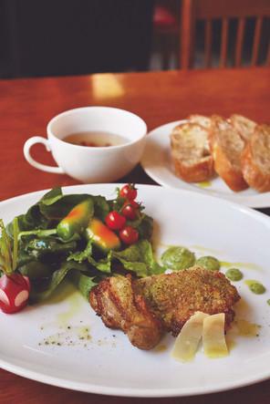 本川手箱きじの香草パン粉焼き(ヴェルデヴルーテ) HONGAWA TEBAKO Pheasant with herb bread baked with Verde veloute