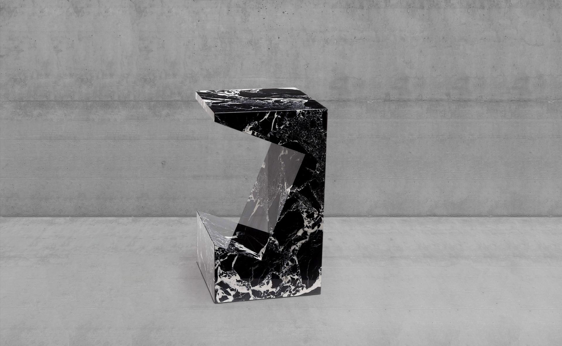 Pedestal_table_Exrtaction_Pierre_Gonalon