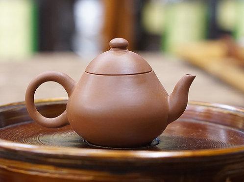 【梨型壺】 80年代潮州手拉壺,源興河記底印