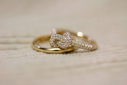 LOVE KNOT RING 0,94ct