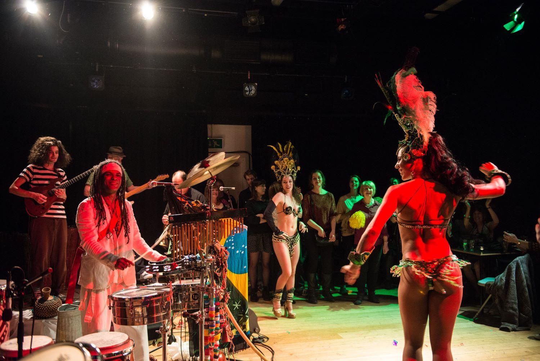 papaJACA and Element Dancers