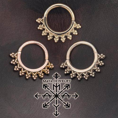 Maya Monarch Seam Ring