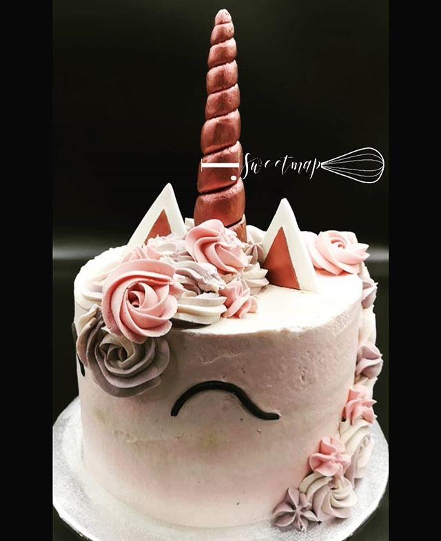 #bespoke birthday cake _Happy birthday t