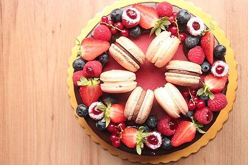 Summer berries mousse cake_._._._#tsweet