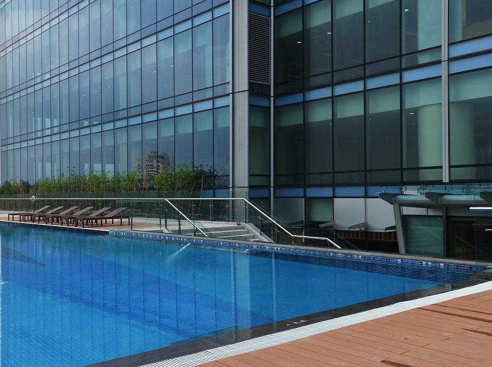 LOTTE CENTER HANOI, Lotte Hotel pool