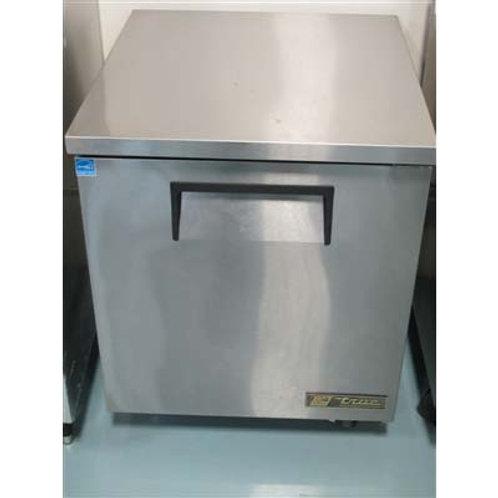 15-0068 True Undercounter Refrigerator TUC-27