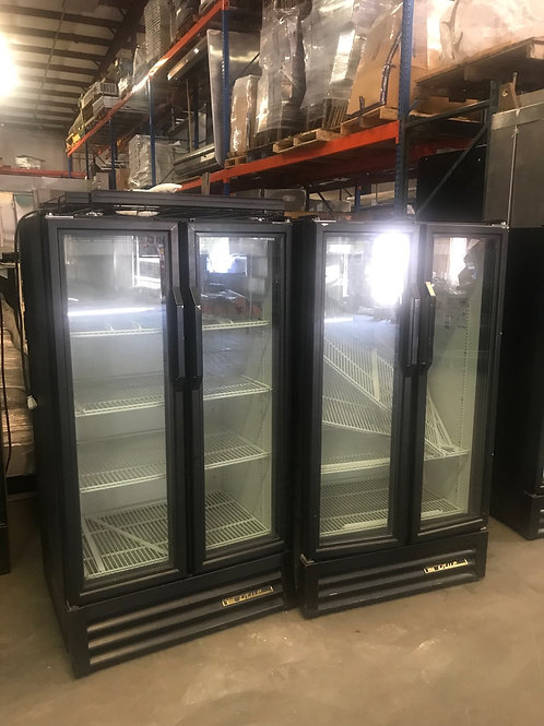 42-0019 Self Contained True GDM-30-LD Checkout Cooler