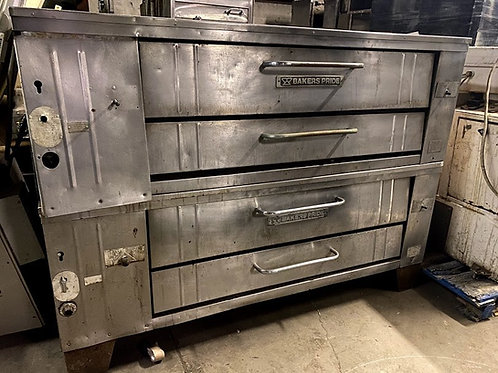 8-0059 Bakers Pride Pizza Oven Y600