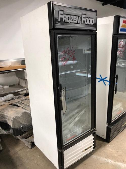 72-0121 True GDM-23F One Door Freezer