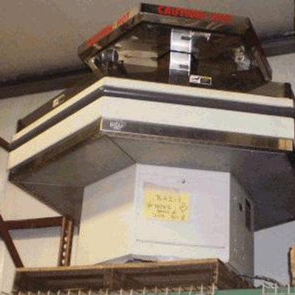 82-0005 BKI Hexagonal Heated Merchandiser