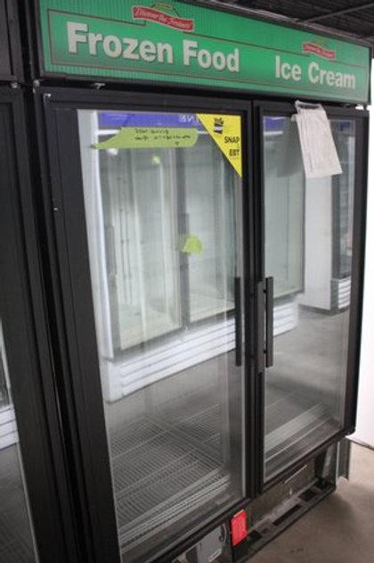 72-0093 True 2 Door Merchandiser Freezer