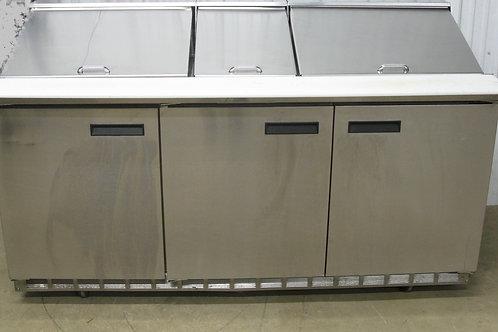 142-0031 Delfield 4472N-30M 72″ Mega Top Refrigerated Salad Prep Table