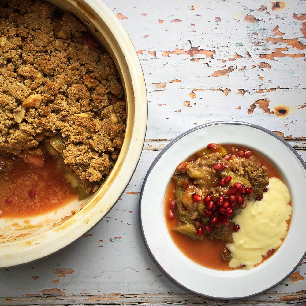 rhubarb & pomegranate crumble