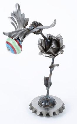 Item#: ENB035 Hummingbird on Rose Stand