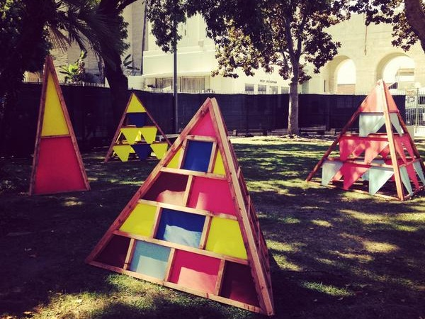 FYF Vans Pop up Pyramids
