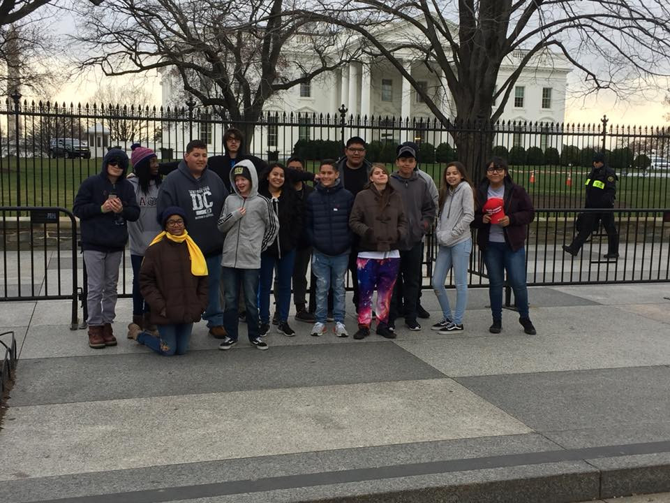Students in front of the White House.
