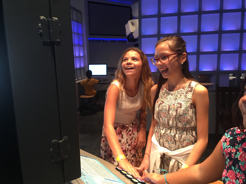 ACA Middle School Students Interact at the Arizona Science Center