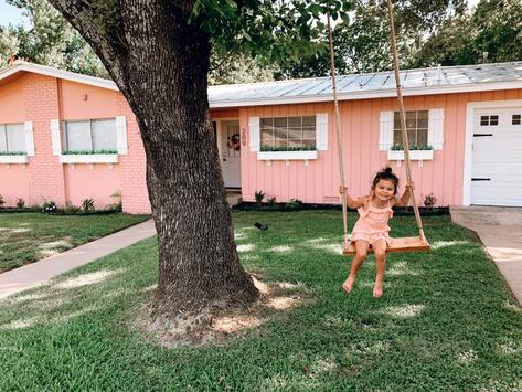 Fredericksburg, TX: Pink Haus, Wine, Golf + Cross Mtn