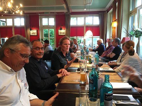Jeudi Repas du soir Bad Bentheim.jpg