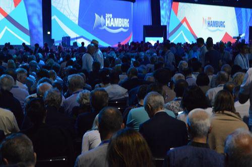Convention 2.jpg