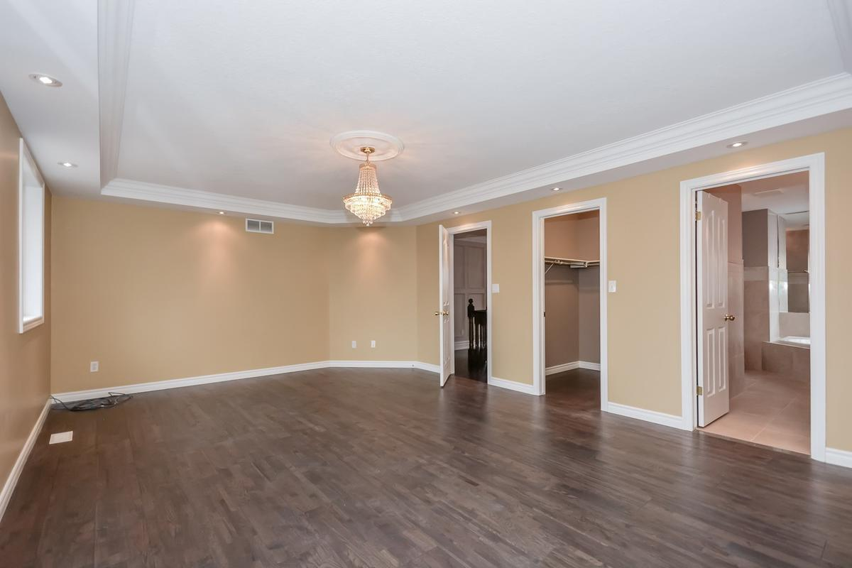 263 Imperial Road South, Guelph