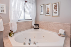 40 Schiedel Drive, Guelph Homes