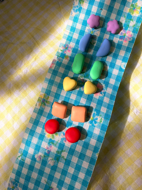 Rainbow Candy Stud Pack