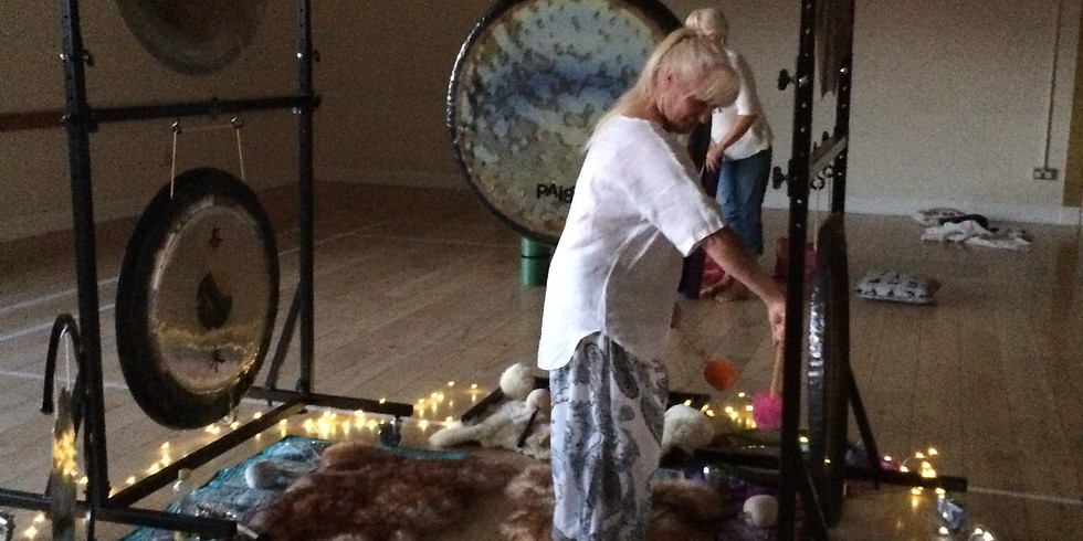 Gongtastic Pre christmas Rush Gong Gathering/Sound Journey