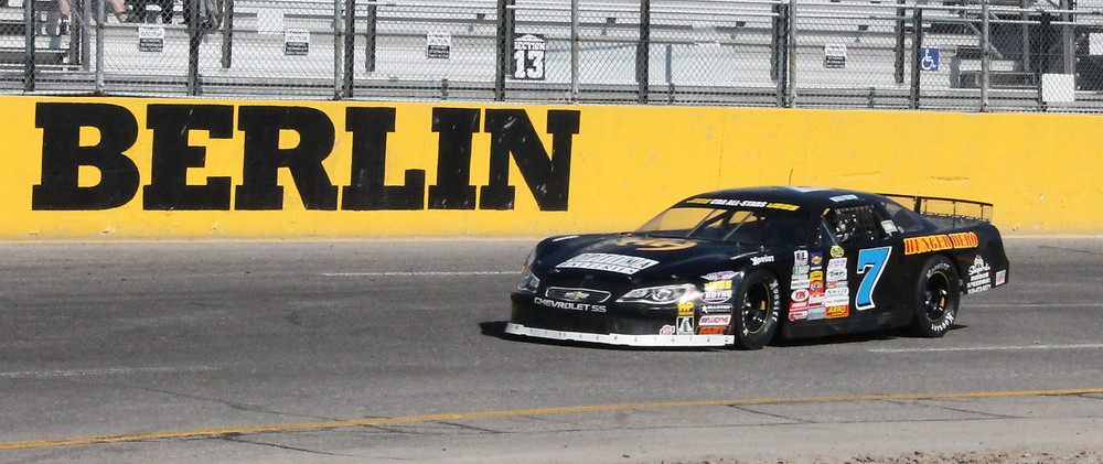 Berlin Raceway Super Late Model Qualify (I know were not a Super but this is the class we race in at Berlin LOL!)  07/16/16
