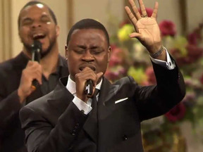"Bounce TV Premieres Charles Jenkins' ""Holiday Praise"" TV Special On Christmas Day"
