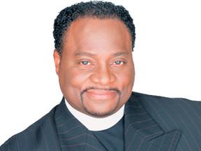 Bishop Eddie Long Funeral Date Set; TD Jakes Calls Him 'Mighty Man of Valor'
